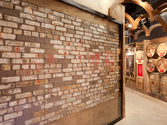 the mob museum in downtown las vegas - valentine's day massacre wall, Ideas